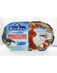 Rügenfisch Heringsfilets in Tomaten-Mozzarella Creme